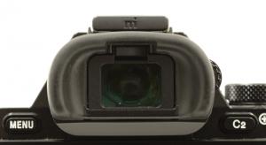 Der eingebaute elektronische Sucher in High Eyepoint-Ausführung ist einer der besten auf dem Markt.