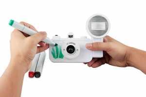 LA SARDINA KAMERA & FLASH DIY Diese Kamera bietet Ihnen genügend freie Fläche für Ihre eigenen Designs!